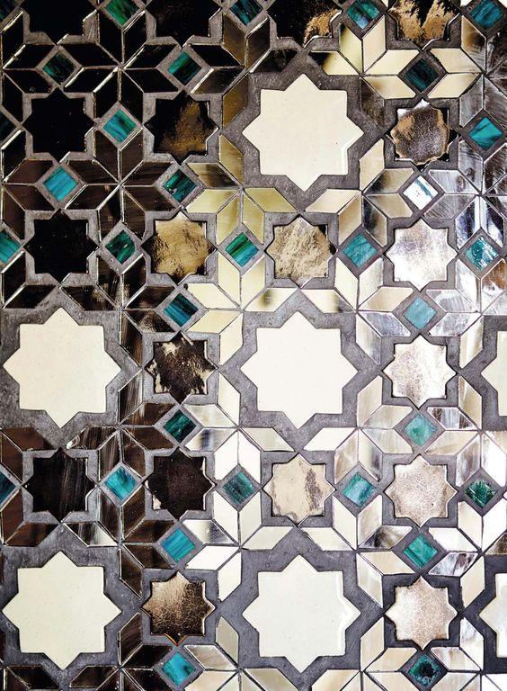islamic ocatedric pattern